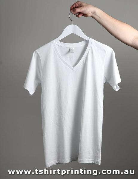 T127M CB Clothing Men's V-Neck T-Shirt - 150gsm